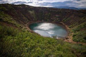 Fotoreise durch Island in einer kleinen Gruppe von Fotografen. Wir fotografieren Wasserfälle, Strände, Gletscher, Geysire, Lavafelder und tolle Polarlichter.