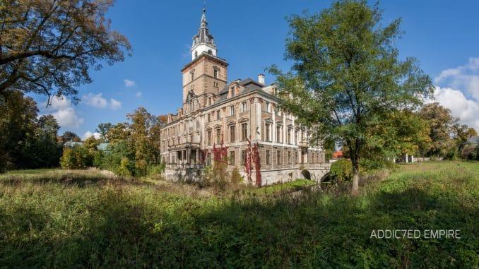 Außenansicht Schloss Rohnstock