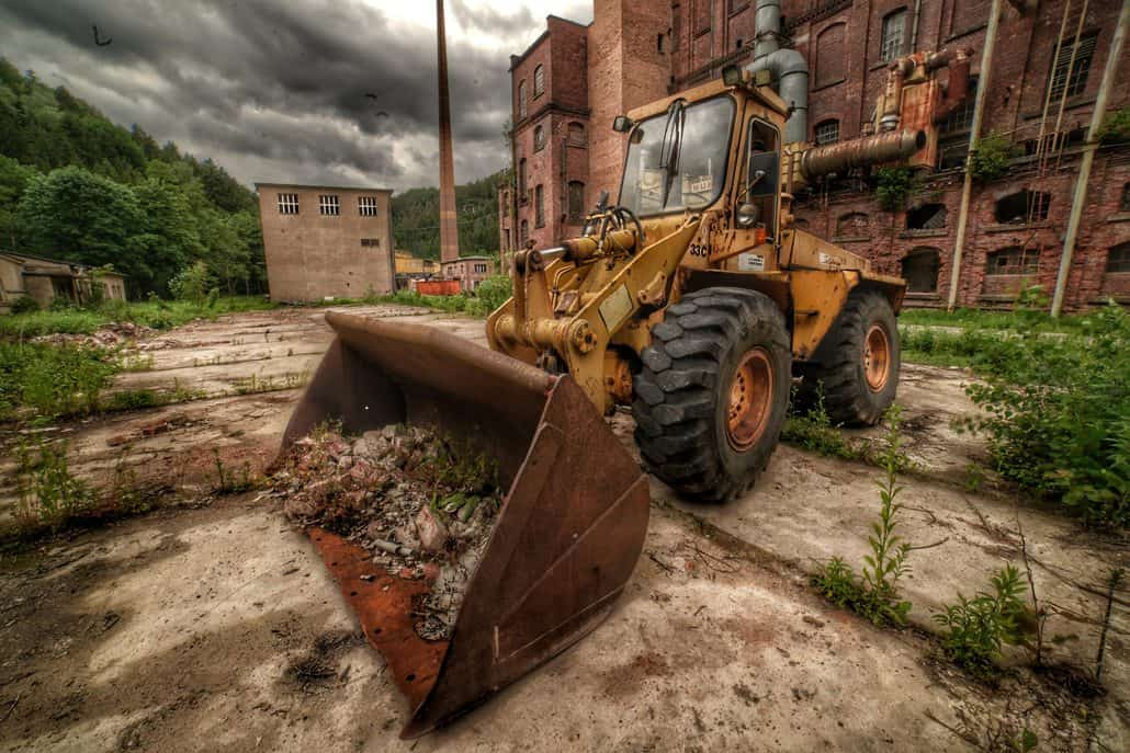 Bagger am Lost Place